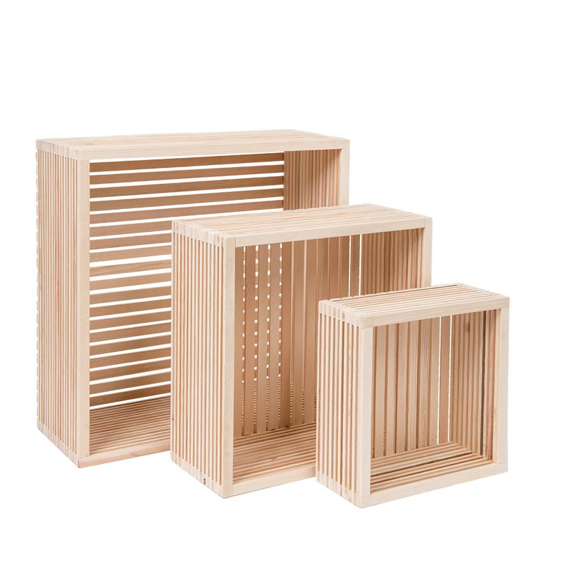 # Holzpräsenter, 45x45x18cm, 35x35x15cm, 25x25x10cm, im 3er-Set, ineinander passend, mit Boden