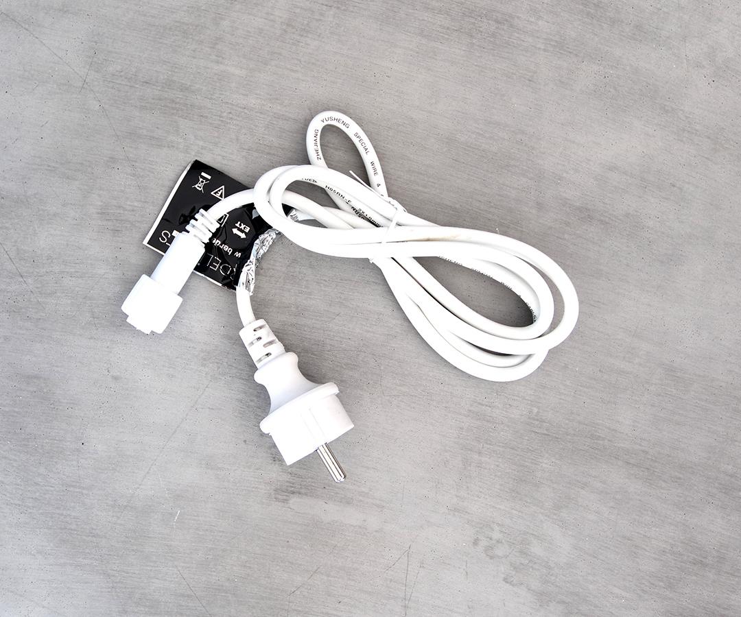 # LED Euro Stecker, 30cm Anschlusskabel aus Gummi, IP44, für Innen- & Außenbereich