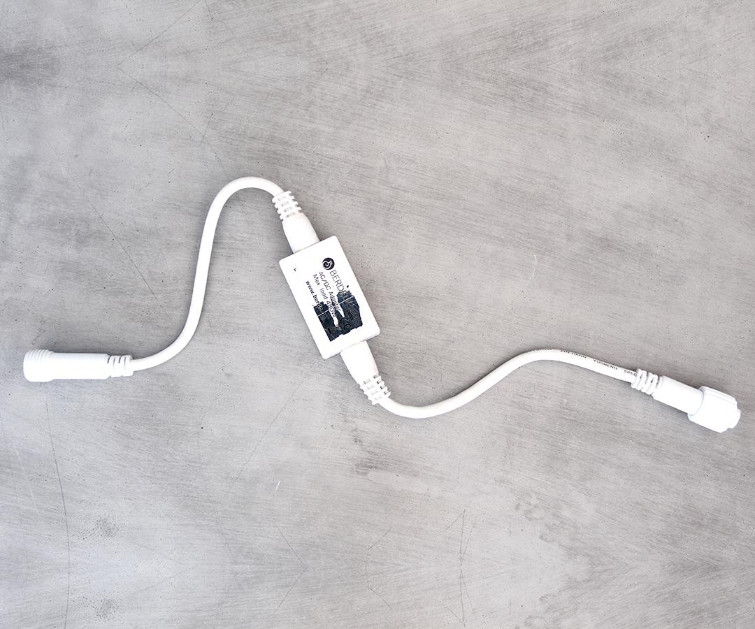 # LED Konverter, 50cm IP44, für Innen- & Außenbereich, bis zu 30 Ketten koppelbar